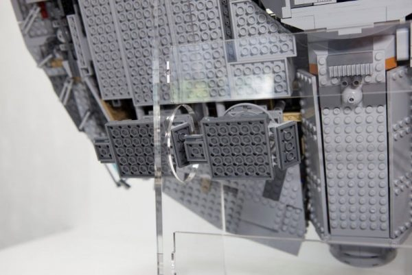 Acrylic Display Stand For The UCS Millennium Falcon
